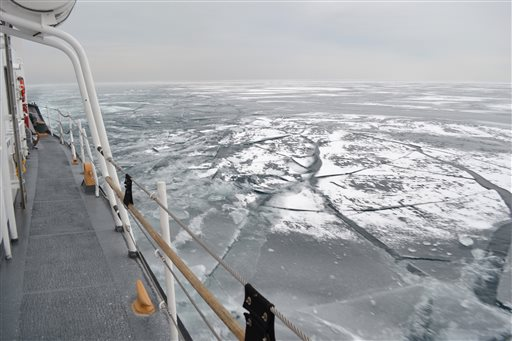 Great Lakes covered with ice