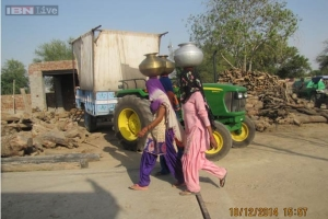 Water is Being Brought From Rajasthan and RS 700-800 is Being Paid for One Tanker (Photo Credit: IBN Live)